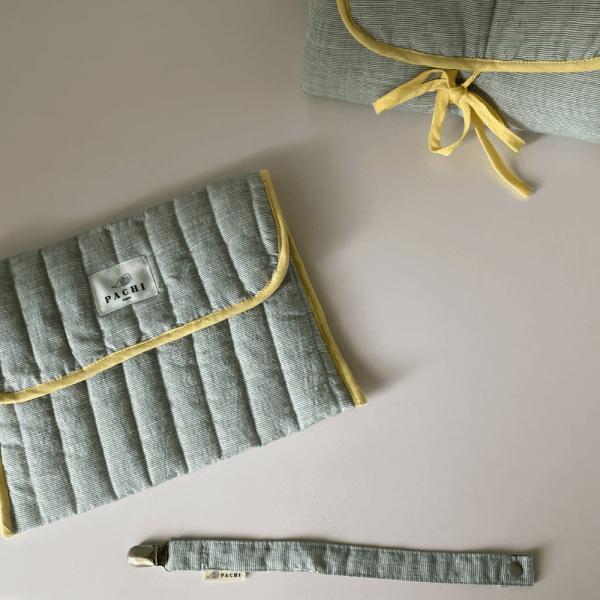 pochette enveloppe matelas + attache tétine menthe à l'eau